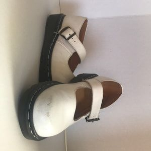 England DM Air Cushioned Mary Janes (Hard Find)